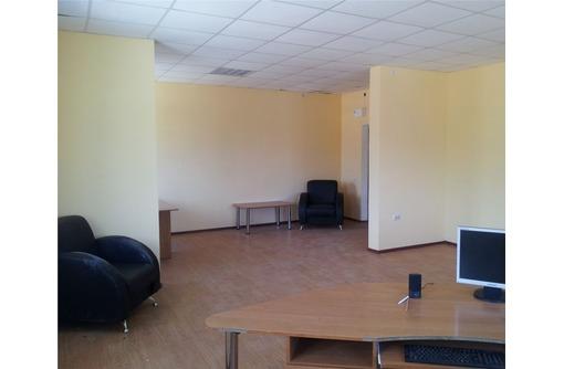 Аренда офисного помещения на пр Октябрьской революции, площадью 40,5 кв.м., фото — «Реклама Севастополя»