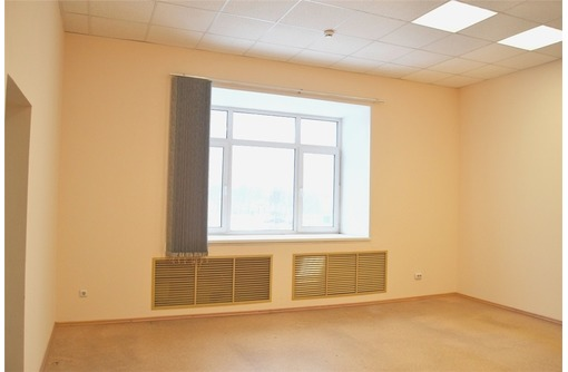 На проспекте Античном сдам офисное помещение 40 кв.м., фото — «Реклама Севастополя»