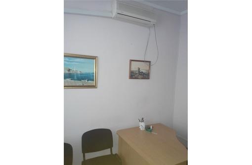 Аренда офисного помещения в Ленинском районе, площадью 24 кв.м., фото — «Реклама Севастополя»