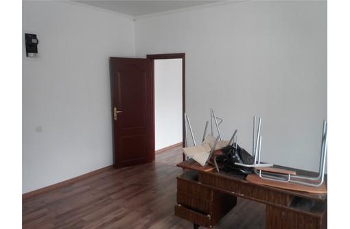 На Костомаросвкой сдам офисное помещение 33 кв.м., фото — «Реклама Севастополя»
