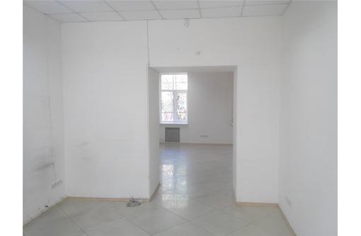 На Нахимов сдам офисное помещение 50 кв.м., фото — «Реклама Севастополя»