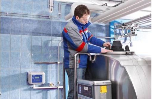 Ремонт холодильников в Севастополе, фото — «Реклама Севастополя»