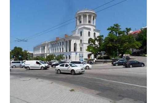 Меблированный Офис в районе пл Лазарева, общей площадью 24 кв.м., фото — «Реклама Севастополя»