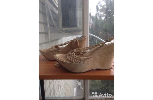 Обувь летняя, женская. Б/у, фото — «Реклама Краснодара»