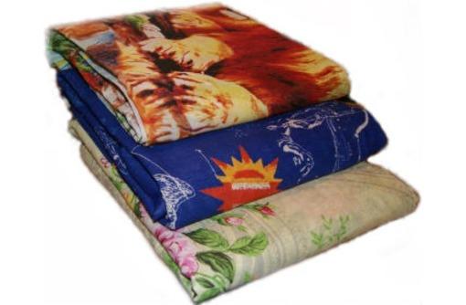 Матрасы пружинные, подушки эконом, одеяло ватное крупным оптом, фото — «Реклама Сочи»
