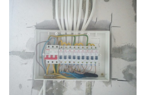 Электромонтажные работы в Сочи, фото — «Реклама Сочи»