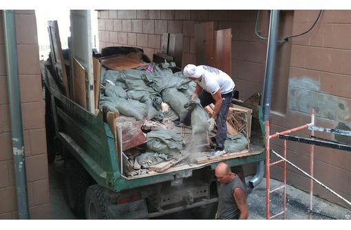 Вывоз строительного мусора, уборка территорий, участков Новороссийск, Анапа, фото — «Реклама Новороссийска»