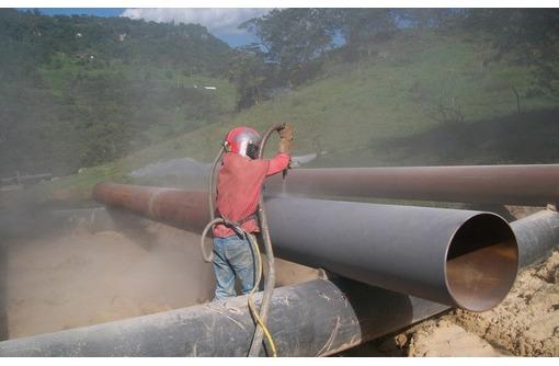 Пескоструйная очистка труб б/у, фото — «Реклама Краснодара»