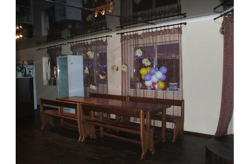 Банкетный зал для проведения торжеств, мероприятий со своими продуктами., фото — «Реклама Геленджика»