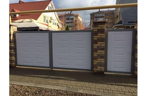 Ворота распашные с автоматикой, фото — «Реклама Краснодара»