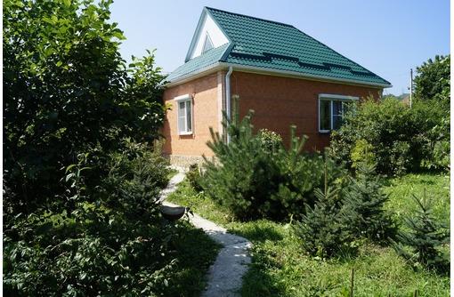 Продаются два новых жилых дома, находящиеся на одном большом земельном участке, фото — «Реклама Лабинска»