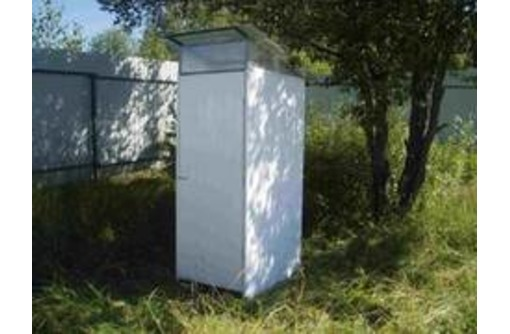 Туалет дачный с металлическим каркасом Апшеронск, фото — «Реклама Апшеронска»