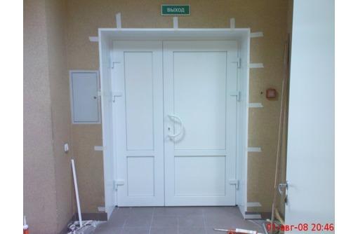 Входные металлопластиковые двери в Сочи, фото — «Реклама Сочи»
