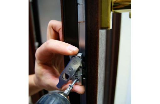 Сервисный  ремонт окон в Сочи, фото — «Реклама Сочи»