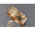 Обручальное кольцо с алмазной огранкой золото 583 проба - Ювелирные изделия в Краснодаре