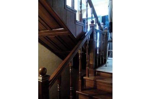 Столярный цех-мастерская в Сочи: Деревянные лестницы на заказ, фото — «Реклама Сочи»