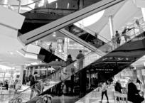В ТРЦ «Галерея» разбилась женщина, упавшая с эскалатора, фото — «Рекламы Кубани»