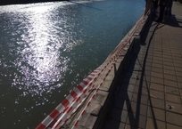 В Сочи обрушилась набережная реки, реконструированная два года назад, фото — «Рекламы Адлера»