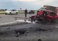 В жутком тройном ДТП в лобовом столкновении погибли два водителя на Кубани ВИДЕО, фото — «Рекламы Краснодара»