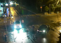 После ДТП в центре Краснодара автоледи на Mercedes накинулась с кулаками на виновного ВИДЕО, фото — «Рекламы Краснодара»