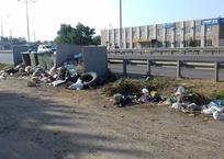 Мусором встречает, мусором провожает: дорога к морю через Краснодар превратилась в помойку, фото — «Рекламы Новокубанска»