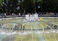 На Кубани погаснет подсветка фонтанов и зданий – из-за жары энергию будут экономить, фото — «Рекламы Краснодара»