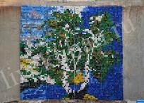 Гигантскую мозаику из 4 тысяч пластиковых крышек сделал житель Новороссийска, фото — «Рекламы Адлера»