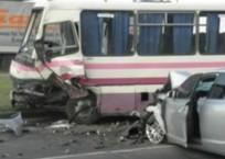 На Кубани автобус врезался в иномарку, погиб ребенок, фото — «Рекламы Кропоткина»