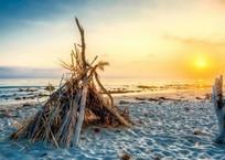 Смерть в шалаше: мужчина зверски убил женщину, жившую в у моря на Кубани, фото — «Рекламы Геленджика»