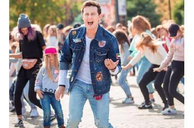 """Звезда """"Универа"""" проводит кастинг в Краснодаре для нового клипа, фото — «Рекламы Приморско-Ахтарска»"""