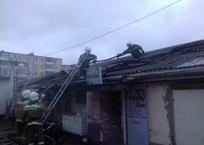 В Геленджике сгорел магазин хозтоваров, фото — «Рекламы Кубани»