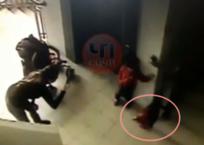 В Сочи ребенок упал в лестничный пролет, пока мать его фотографировала ВИДЕО, фото — «Рекламы Гулькевичей»