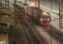 Под поездом в Краснодарском крае погиб 47-летний мужчина, фото — «Рекламы Краснодара»
