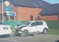 На Кубани автоледи на иномарке врезалась в автомобиль ДПС ВИДЕО, фото — «Рекламы Тихорецка»