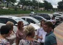 Полиция приехала в только что открывшуюся частную школу в Геленджике, фото — «Рекламы Геленджика»