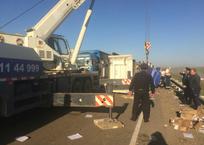 Жесткое ДТП с участием четырех большегрузов произошло на кубанской трассе, фото — «Рекламы Славянска-на-Кубани»