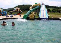 Шестиклассник едва не утонул в аквапарке на Кубани. Ребенок в больнице, фото — «Рекламы Хадыженска»
