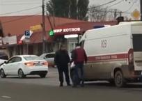 «У него был мачете!» Мужчина напал на водителя скорой помощи в Краснодаре ВИДЕО, фото — «Рекламы Кубани»