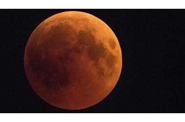"""Жители Кубани смогут увидеть """"кровавую"""" луну, фото — «Рекламы Кропоткина»"""