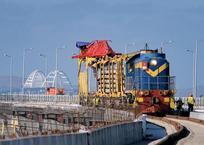 По Крымскому мосту запустят пригородные поезда по маршруту Феодосия - Анапа, фото — «Рекламы Хадыженска»