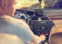 Таксист искромсал свою пассажирку ножом за то, что она выпивала у него в машине на Кубани, фото — «Рекламы Кубани»