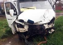 В ДТП с маршруткой пострадали четыре человека в Армавире ФОТО, фото — «Рекламы Армавира»