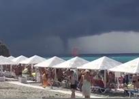 Смерч прошел над Черным морем в Геленджике ВИДЕО, фото — «Рекламы Геленджика»