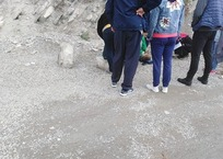 В Геленджике во время экскурсии на ребенка упали камни, фото — «Рекламы Геленджика»