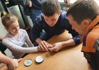 Геленджикские спасатели высвободили палец ребёнка из плена   , фото — «Рекламы Геленджика»
