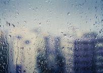 Начало октября на Кубани будет дождливым и ветреным, фото — «Рекламы Геленджика»