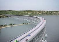 Путин потребовал сдать Керченский мост в конце 2018 года, фото — «Рекламы Приморско-Ахтарска»