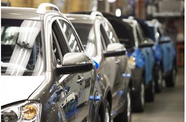 Продажи новых машин на Кубани упали почти вдвое, фото — «Рекламы Адлера»