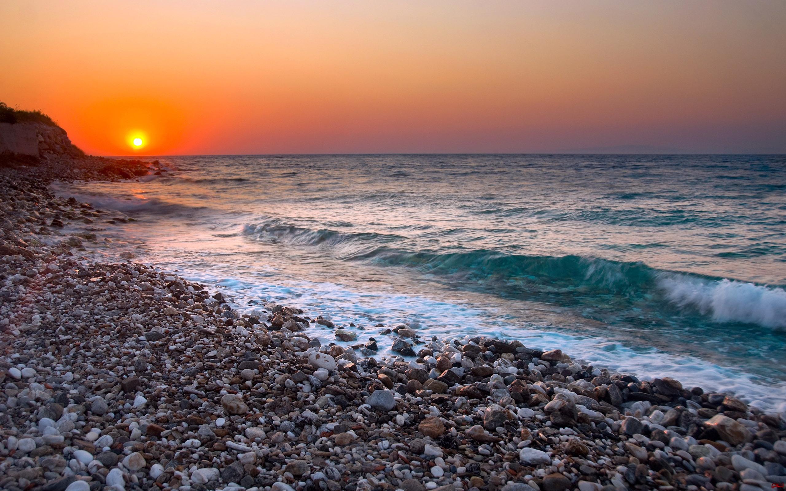 галечный пляж скачать