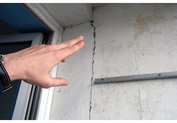 Как заставить застройщика оплатить ремонт в «кривой» квартире в «новостройке»?, фото — «Реклама Сочи»